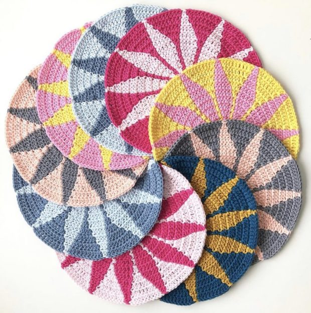 Tapestry crochet motifs arranged in a circle
