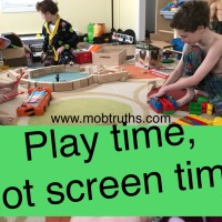 Screen time rules:  How to occupy kids of different ages, no screens involved