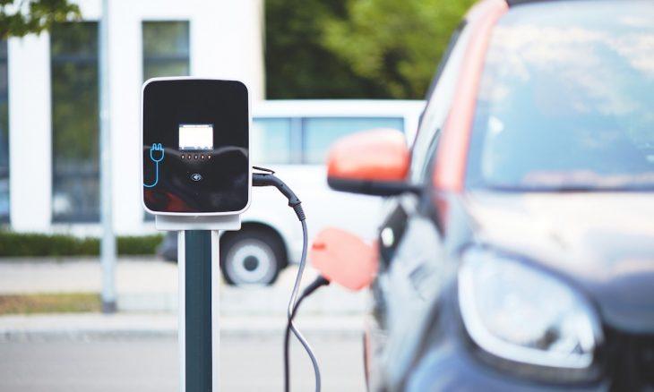 Elétricos são melhores para o ambiente… e também para a carteira