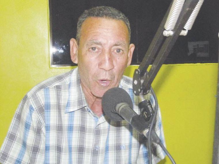 Comunicador Esteban Comprés dice será un regidor del pueblo