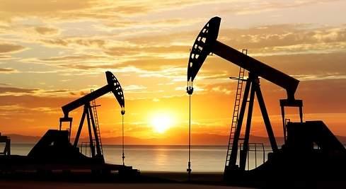 """""""Pánico"""" en el mundo petrolero: el crudo llega a menos de US$ 0 por barril, el precio más bajo desde que se abrió el comercio de futuros de petróleo en 1983"""