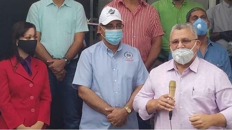 Alcaldía de Moca abre matadero municipal con modernas tecnologías