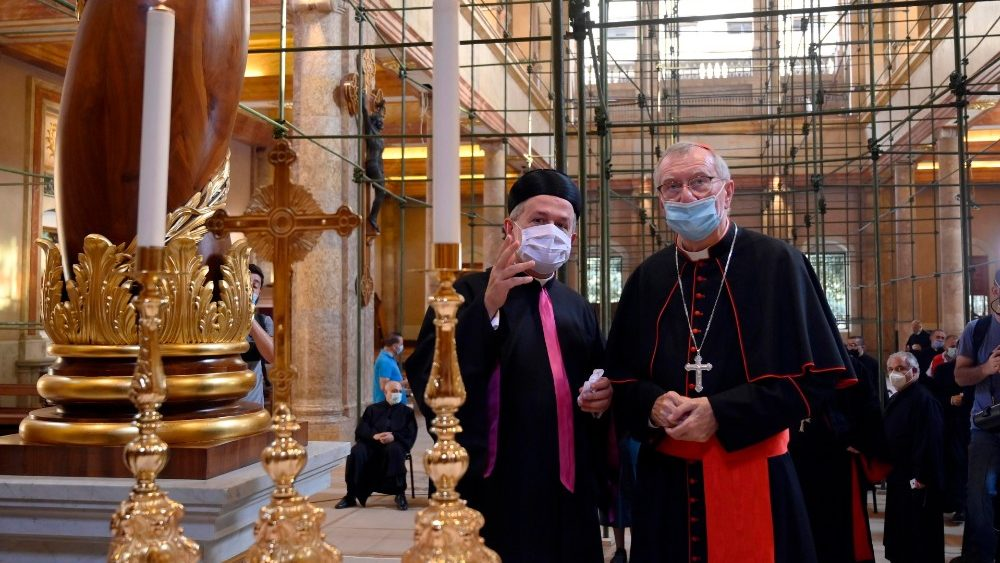 """""""El Líbano no está solo"""": Secretario de Estado del Vaticano visita Beirut"""