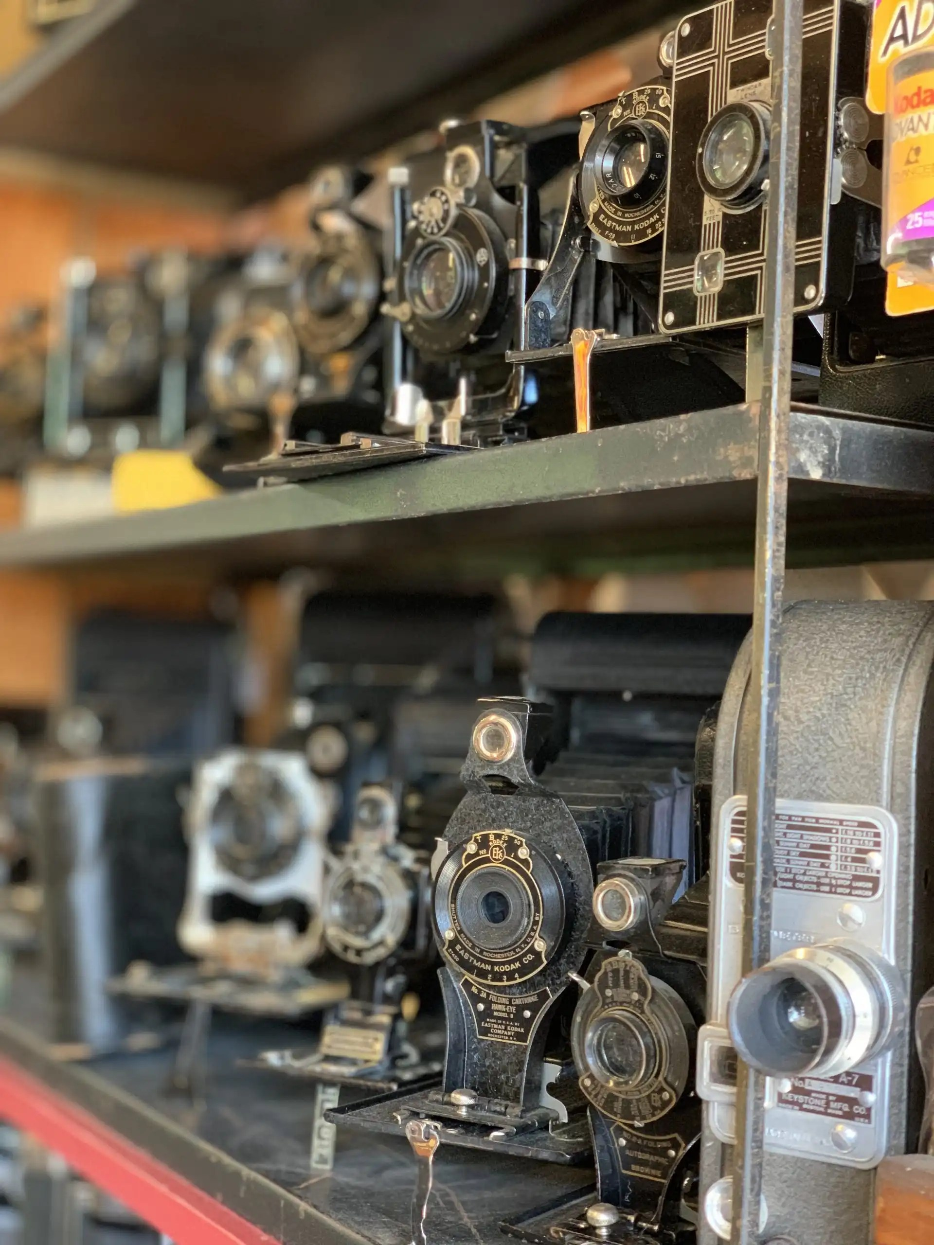 iPhone XS Max photography example: antique cameras on a shelf