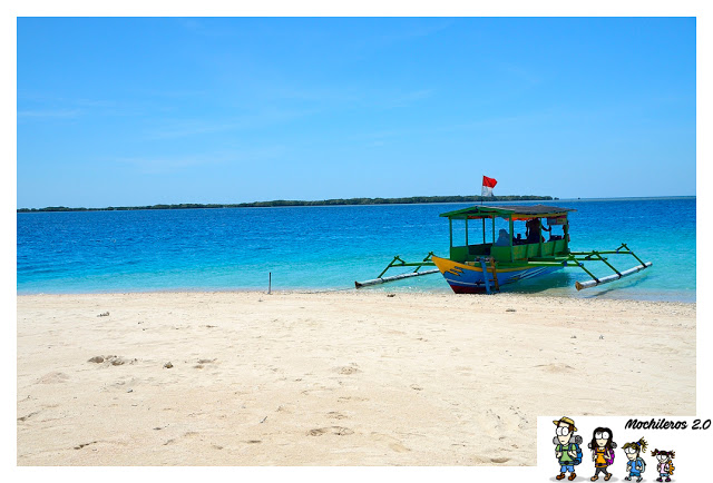 boat to secret gili