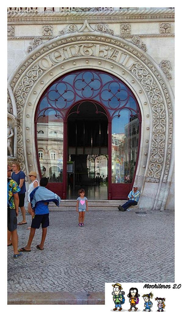 Arco de entrada a la estación Rossio