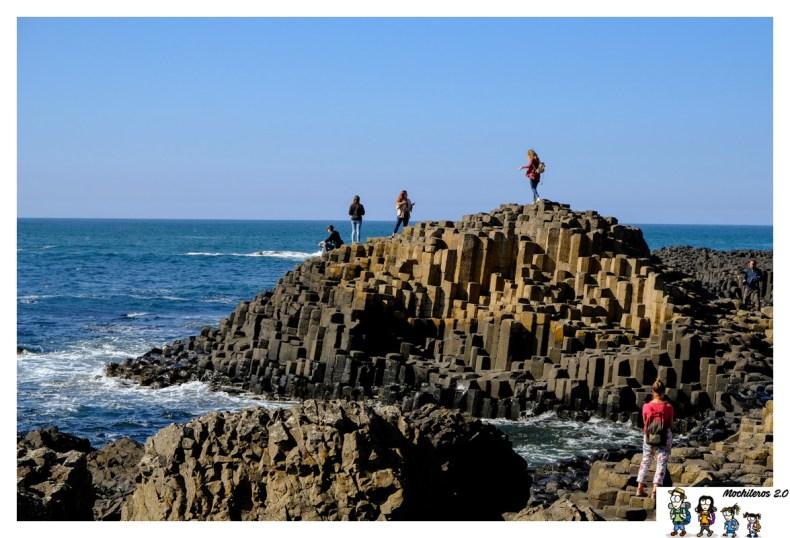 calzada gigante columnas basalticas