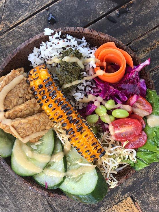 Nusa penida comer barato vegano