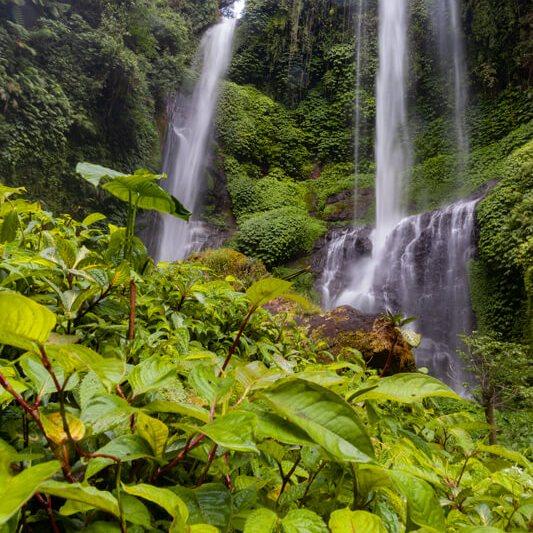 Cascadas en Bali Indonesia Mapa