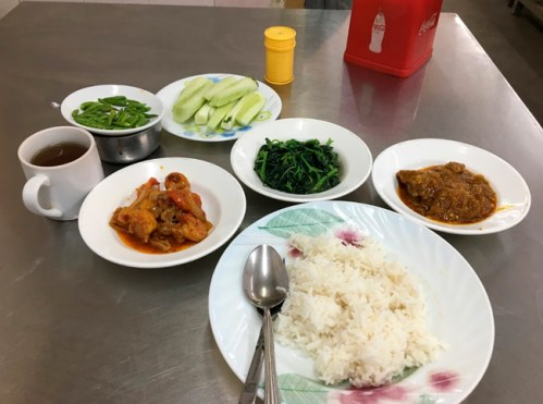 comer en Birmania platos tipicos