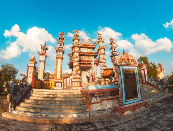 Cementerio Vietnam Hue