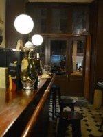 Uno de los pocos cafés modernistas que quedan en Barcelona.