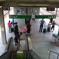 Newark-Liberty-estación-trenes-acceso-vias-2