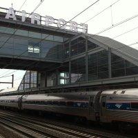 Newark-Liberty-estación-trenes-acceso-vias-Amtrak