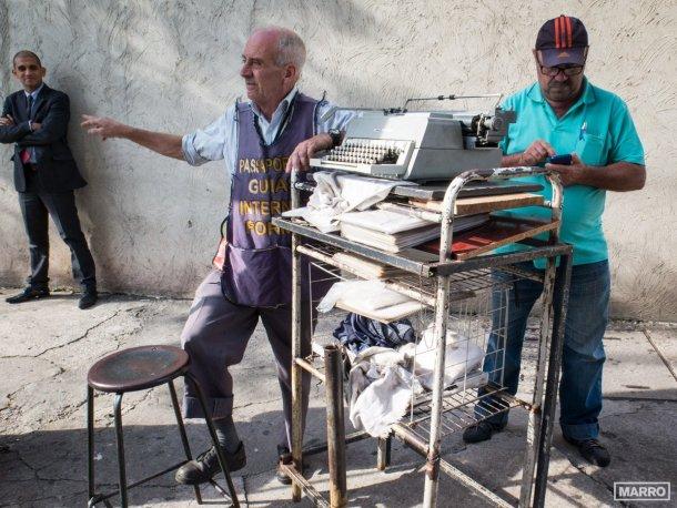 Sao-Paulo-Datilografo-y-asesor