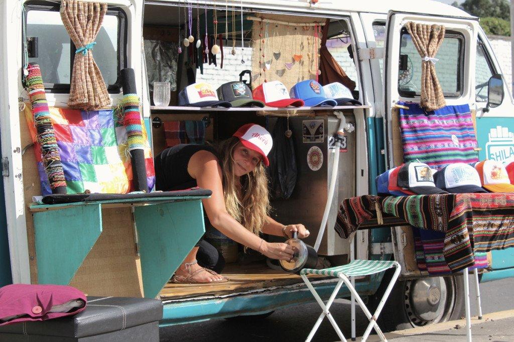 Viajar en furgoneta combi Emilie Artesanías