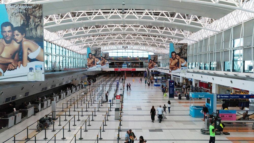 Cómo ir del aeropuerto al centro de la ciudad de Buenos Aires: hall del aeropuerto