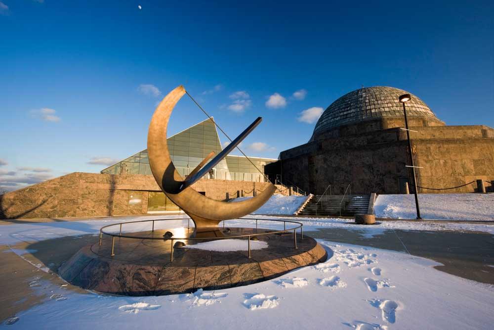 Si te preguntas que ver en Chicago, visita el Adler Planetarium el primer planetario de América en Chicago