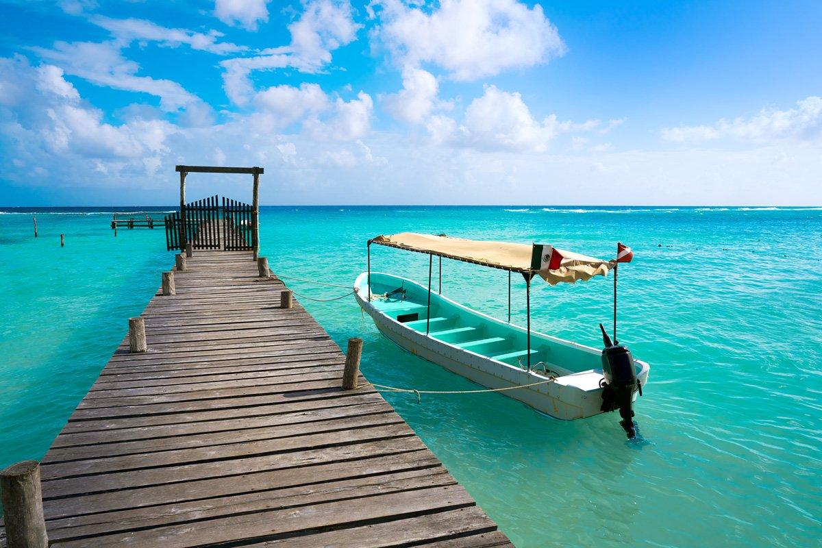 mejores excursiones en Riviera Maya, muelle del mar Caribe mexicano