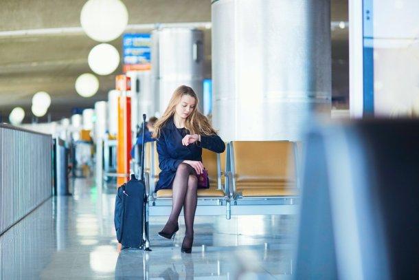 que hacer cuando tu vuelo se retrasa