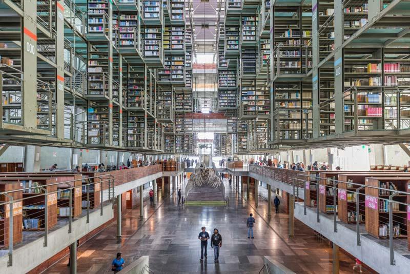 Interior de la Biblioteca Vasconcelos de Ciudad de México