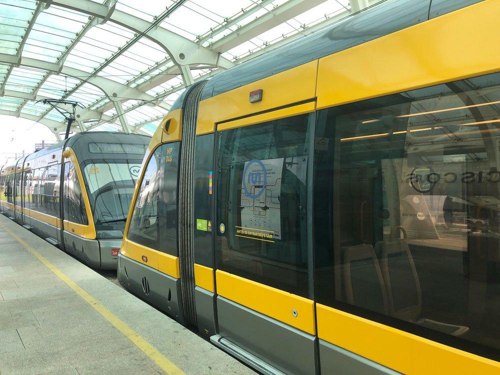 Vagones del metro de Oporto
