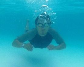 17-berenang-di-treasure-bay