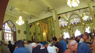 38-suasana-jumatan-di-masjid-sultan