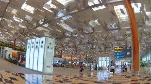 42-suasana-terminal-3-bandara-changi-keren-bro
