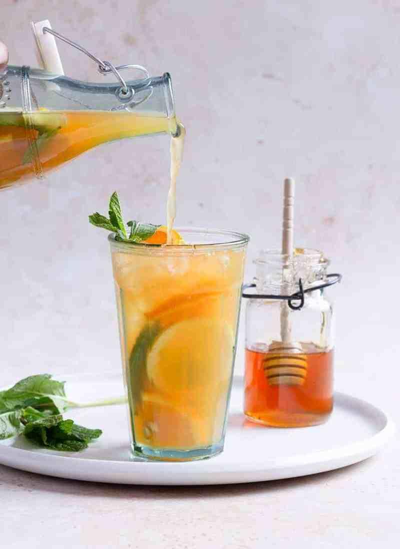 Mint Tea Punch Recipe - Juice Recipes Online - Fruit Refreshers Recipe