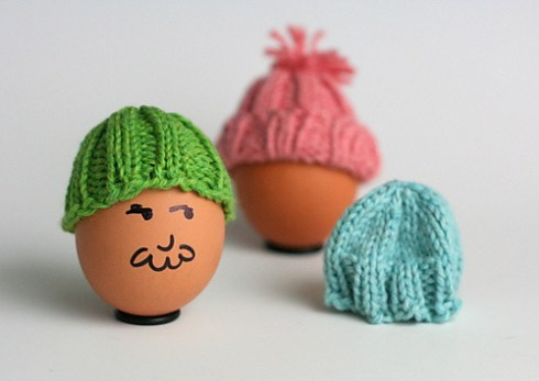 Knitted_Easter_Egg_Hats