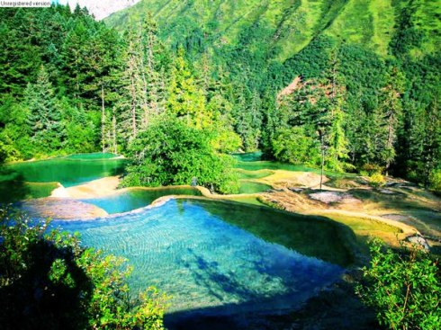 valley Jiuzhaigou -Valley of Nine Villages- is a spectacular national park-Sierra Min Shan, China 2