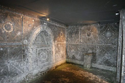 The misterious Margate Shell Grotto 10