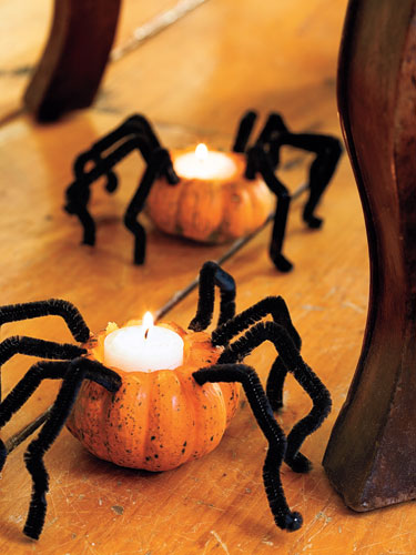 indoor halloween decorating ideas with pumkin 4
