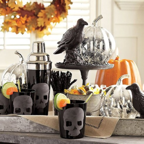 indoor halloween decorating ideas with pumkin 2