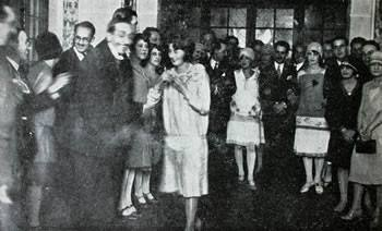 Old photo of guests of Hotel del salto