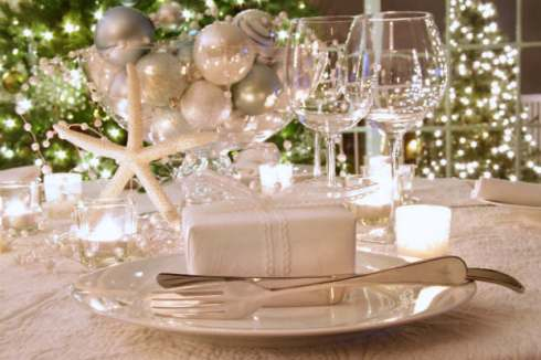 most creative christmas table decor ideas 36