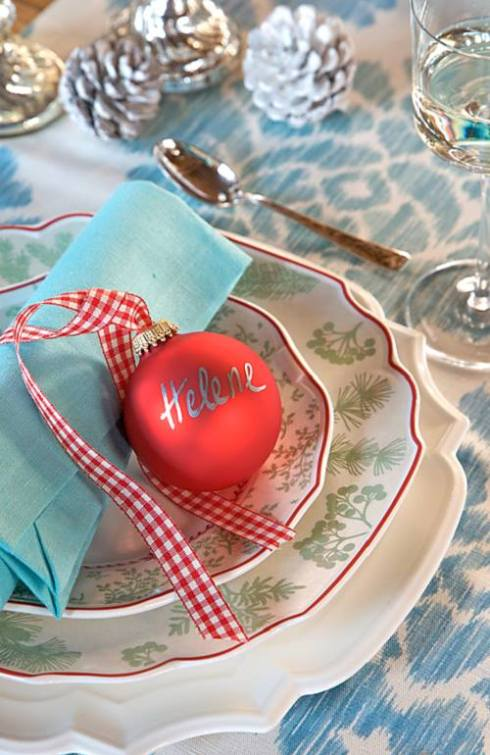 creative christmas table decor ideas  with blue color 23