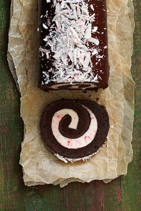 Best recipes for christmas peppermint roll