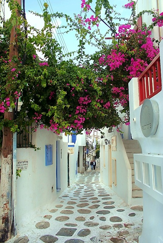 amazing paths around the world Mykonos, Greece