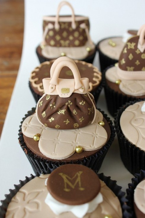 ideas for creative cupcakes, fashion bag