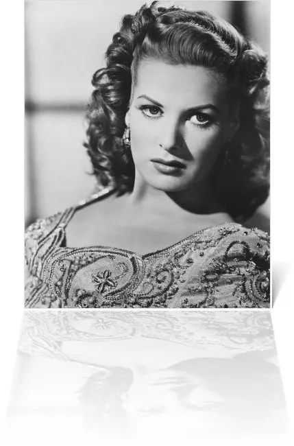 Black and White Photos of world's most beautiful women, Maureen o hara 2
