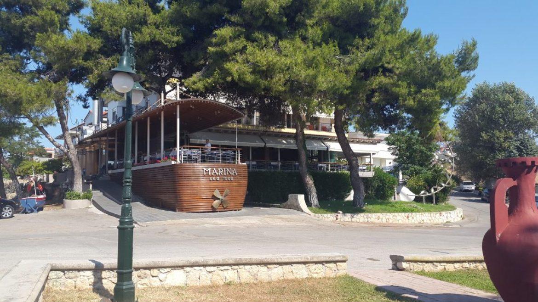 Best Sea food tavernas in potidaia, Chalkidiki Greece