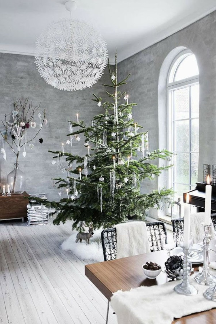 creative white christmas decoration 2