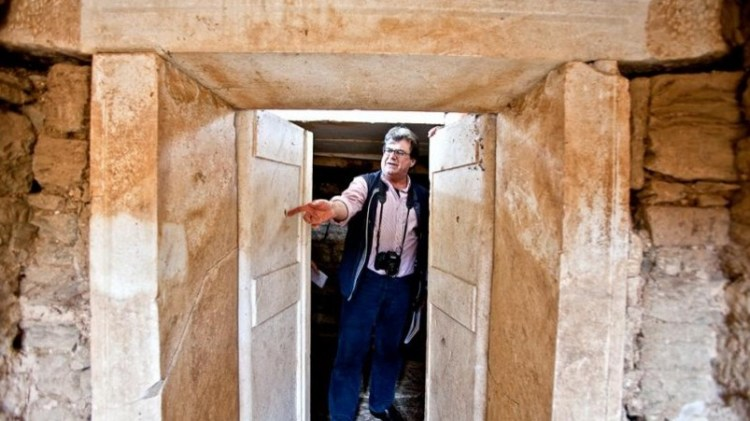 great archaeological discovery, tomb of the philosopher Aristotle 13