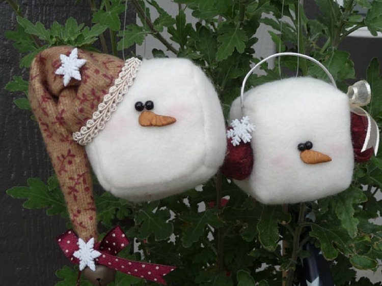 unusual holiday handmade crafts, cubes