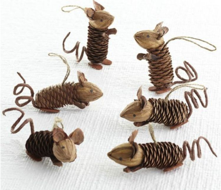 holiday homemade pinecone xmas ornaments 13