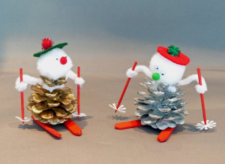 holiday homemade pinecone xmas ornaments 31