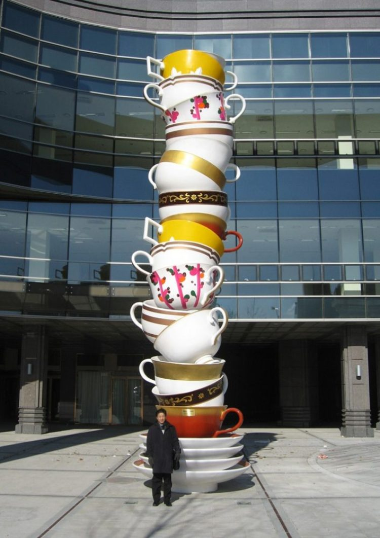 amazing art-huge tea cups