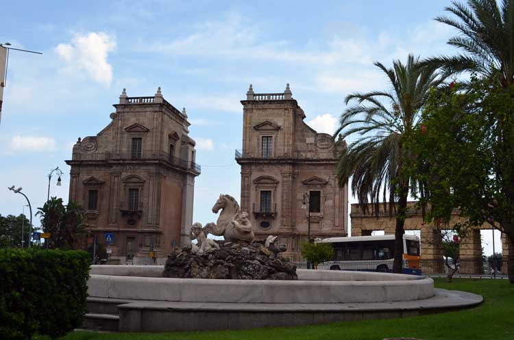 architecture in the city of Palermo, Sicily 15